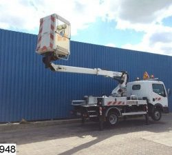 Construction truck Nissan hydraulic arm platform