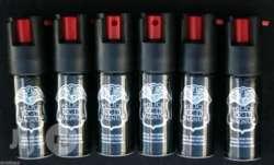 14061242_pepper-spray-2_620x375