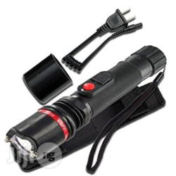 14061479_extreme-voltage-stun-gun-rechargeable-with-tactical-led-flashlight-with-safety-cap-3_500x500