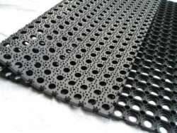 rubber-hollow-mats-500x500