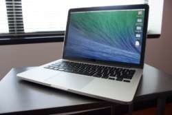 Apple MacBook Pro MLUQ2LLA in